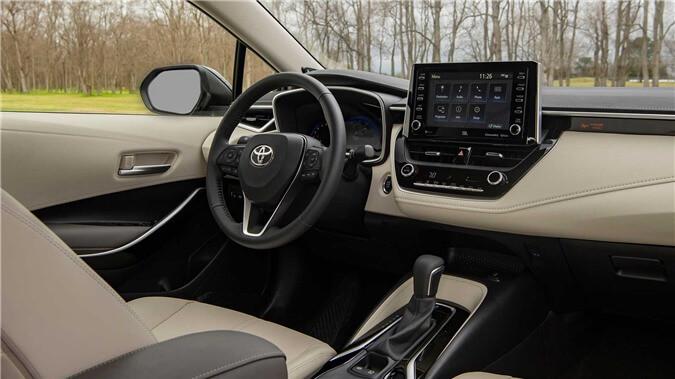 2020-toyota-corolla-sedan-danh-gia-16.jpg